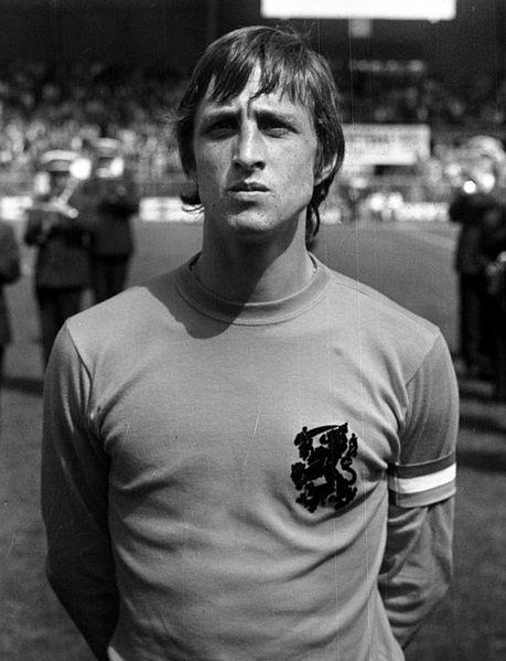 Oefeninterland_Nederland_tegen_Argentinie_4-1_nr._6_7_Cruyff_kop.jpg